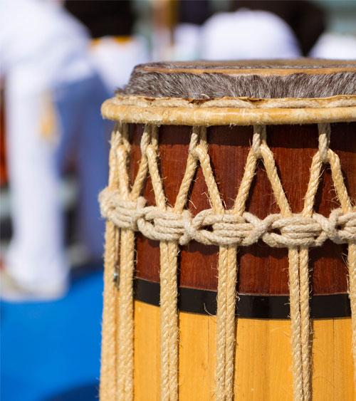 cuerpo-instrumentos-de-capoeira-santander-clases-capoeira-cantabria-04